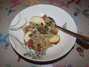 Porridge with nuts, seeds and apple