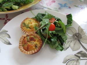 Asparagus ends mini quiche